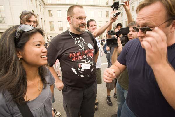 Michelle Malkin is friendly when approached by 9/11 truther Alex Jones.