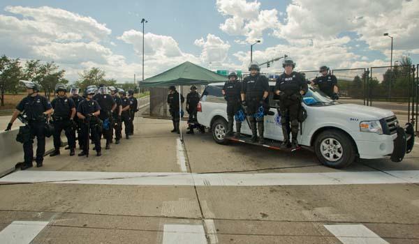 Free speech DNC police